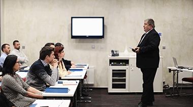 Přihlaste se nyní ke studiu MBA – cyklus ŘÍJEN 2020 a získejte mimořádnou cenu 85.000 Kč již pouze do 16. 8. 2020!