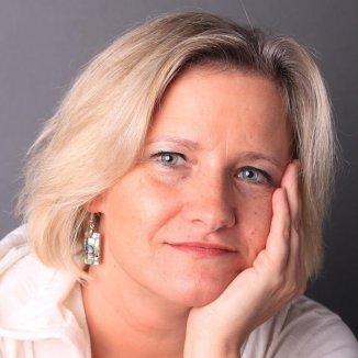 PaedDr. Mgr. Irena Johanka Savková, MBA